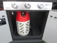 Plynová bomba se vejde i do grilu Master 3 Series Woody