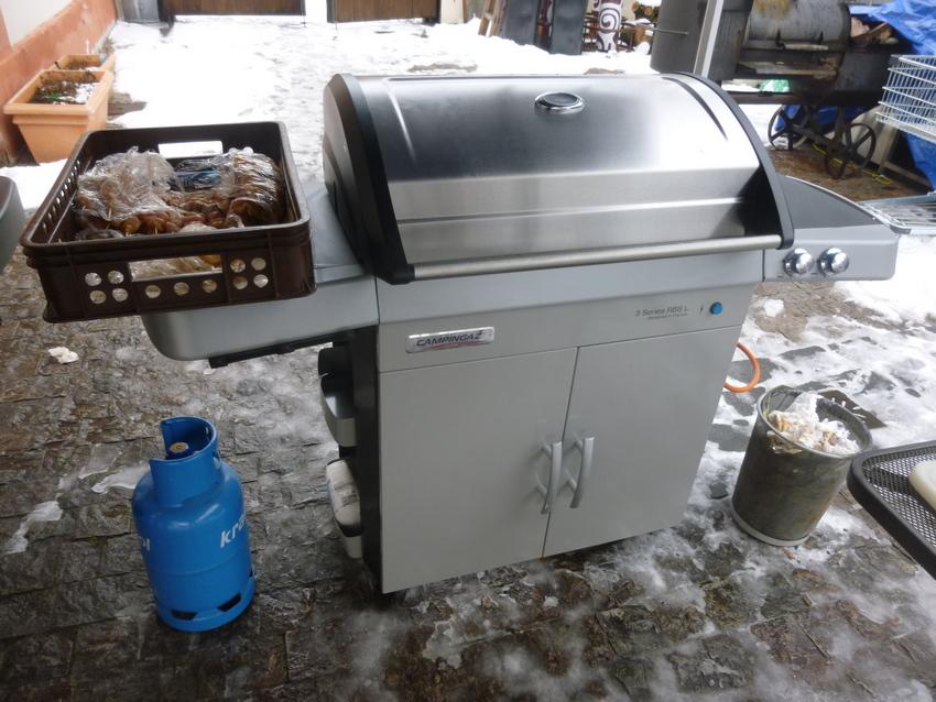 zimni-grilovani-s-grily-campingaz