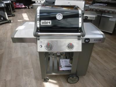 Dají se na grilu Genesis II E-210 používat všechny typy příslušenství Weber GBS?
