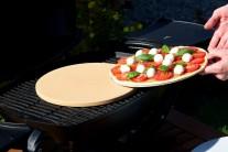 Pizza na kameni bez pečícího papíru
