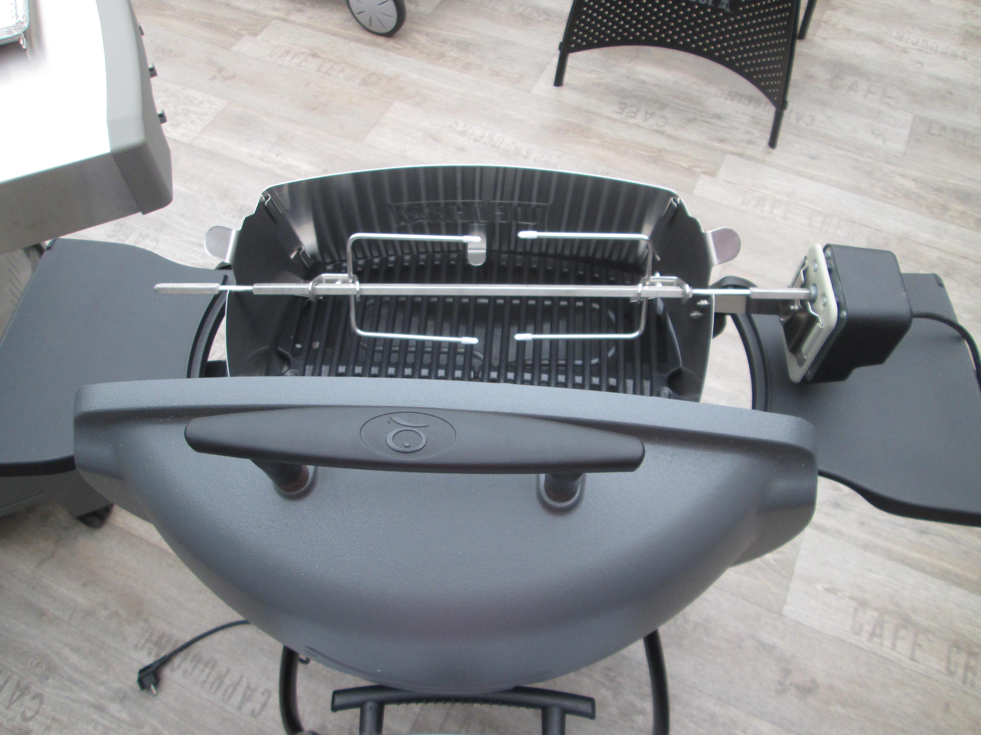 otáčecí špíz pro gril Weber Q1400