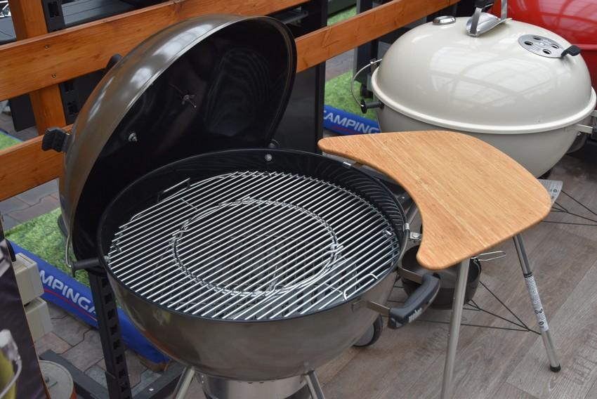 Bambusový stolek ke grilu Master Touch