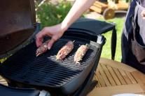 Kebab z mletého masa grilujeme přibližně 7-12 minut. Špízy průběžně otáčíme, aby se nepřipálily.
