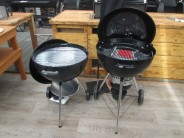 Nový Bar-B-Kettle GBS vedle grilu Master Touch GBS
